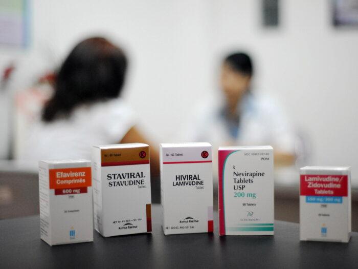 Высокоактивная антиретровирусная терапия (ВААРТ) при ВИЧ